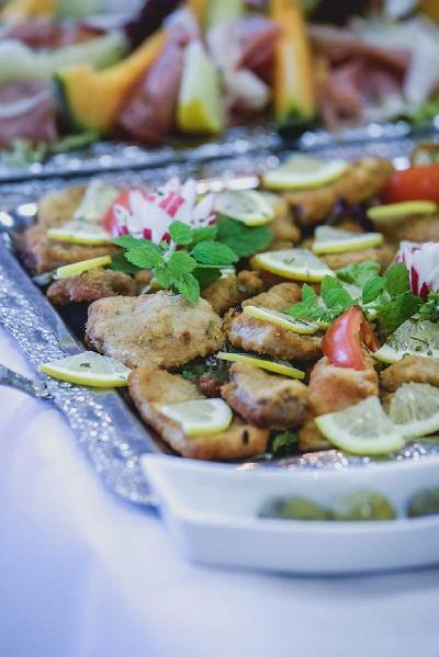 Das Bild Catering-Mini-Schnitzel.jpg vergrössern