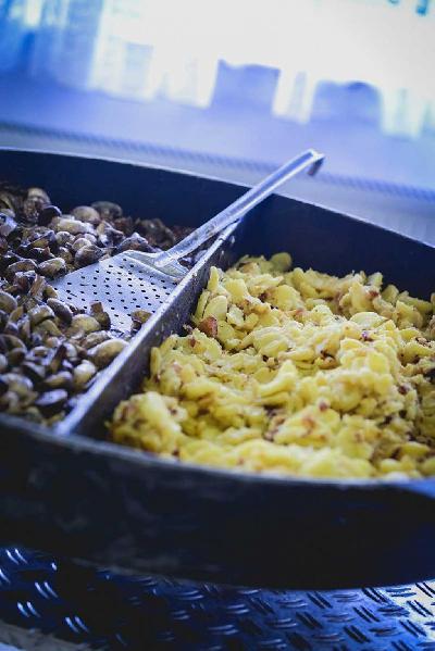 Das Bild Catering-Pilze-und-Rührei.jpg vergrössern